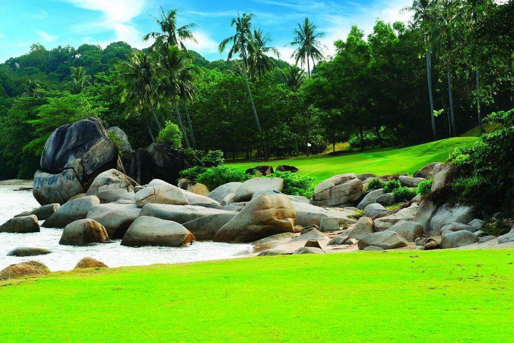 Golf Laguna Club Package