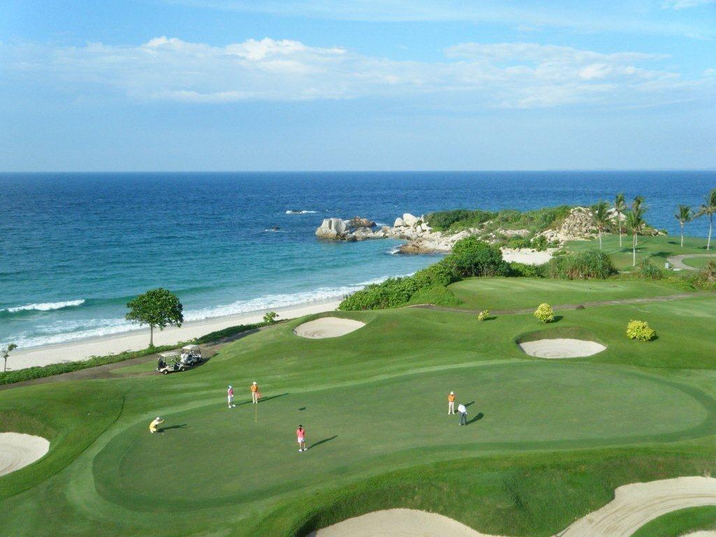 Bintan lagoon golf Ian Baker Finch or Jack Nicklaus package